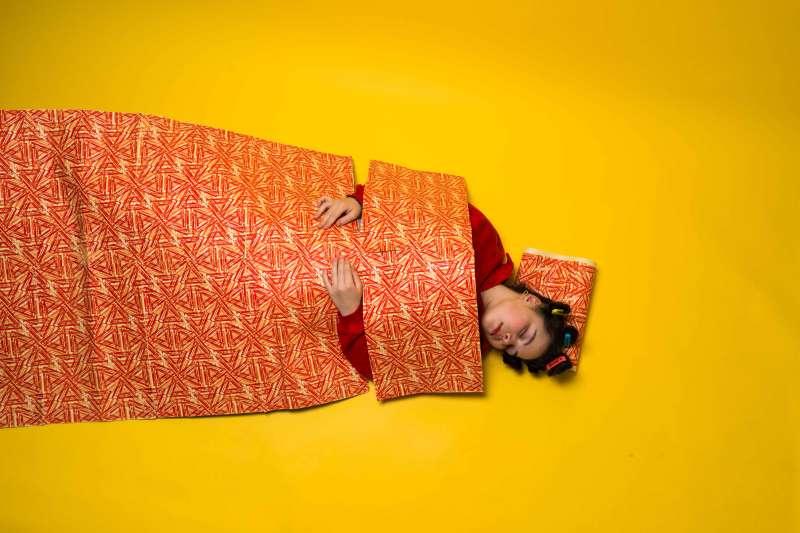 Designer textile, Zoé Amemaka — Photographe, Anna Jan
