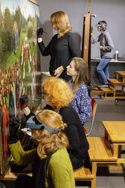 Françoise Rosier (La Cambre), Laure Mortiaux (La Cambre), Nathalie Laquière, Marie Postec (La Cambre) et Cécile de Boulard (La Cambre) © IRPA-KIK
