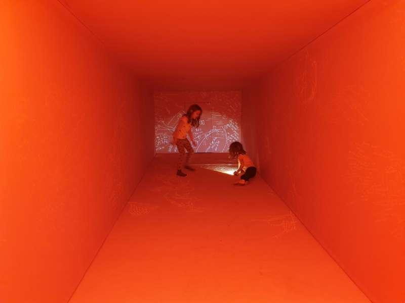 Mathilde Perrot / Master / CES VERS QUI TOMBENT / Graduation show - KANAL-Centre Pompidou / 2019